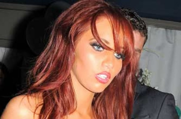 Amy Childs - Essex look