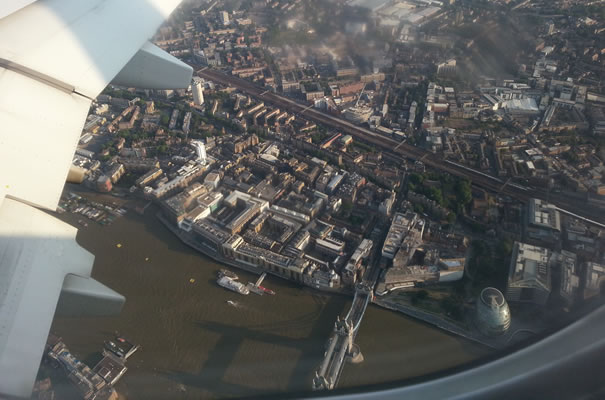 Vistas aterrizaje en London City Airport - Tower Bridge