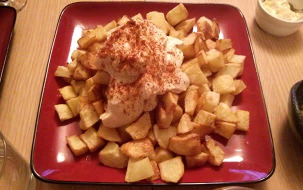 Spanish food abroad - Patatas Bravas