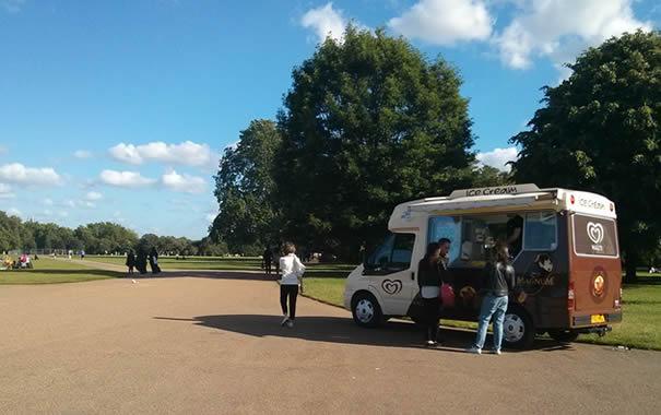 Furgoneta de helados en Hyde Park