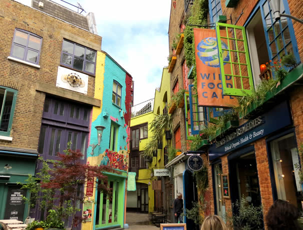 Wild Food Café y Neal's Yard Remedies shop