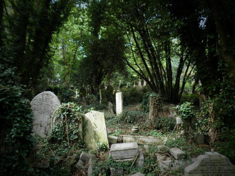 Highgate cemetery - London